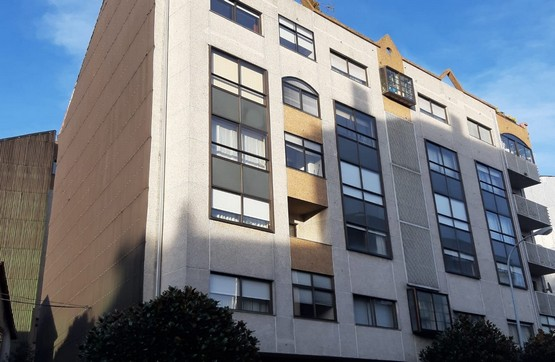 Piso en venta en O Priorato, Chantada, Lugo, Avenida Monforte, 110.400 €, 4 habitaciones, 2 baños, 169 m2