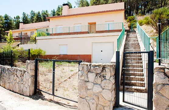Casa en venta en Vegas de Matute, Vegas de Matute, Segovia, Urbanización Monte Vegas, 102.400 €, 3 habitaciones, 2 baños, 131 m2