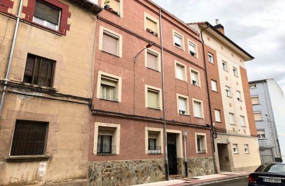 Piso en venta en Allende, Miranda de Ebro, Burgos, Calle Paloma, 11.500 €, 2 habitaciones, 1 baño, 65 m2