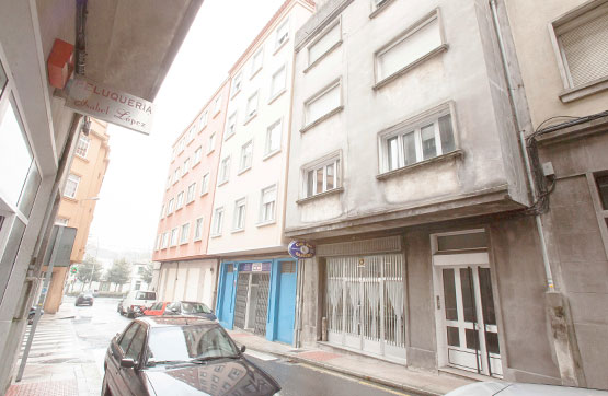 Piso en venta en Santiago de Compostela, Santiago de Compostela, A Coruña, Calle de Brion, 164.400 €, 3 habitaciones, 1 baño, 110 m2