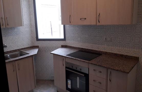 Piso en venta en Piso en Benicarló, Castellón, 39.000 €, 2 habitaciones, 1 baño, 88 m2