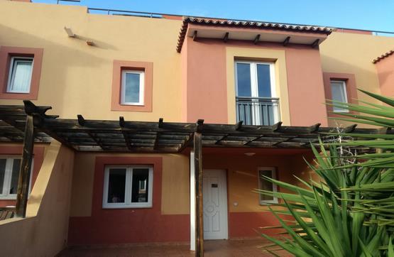 Casa en venta en Geafond, la Oliva, Las Palmas, Urbanización Mirador de la Dunas, 150.000 €, 3 habitaciones, 2 baños, 109 m2