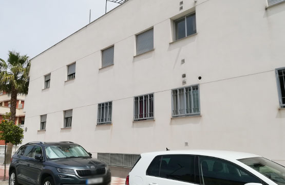 Piso en venta en Churriana de la Vega, Granada, Calle Habana, 64.600 €, 1 habitación, 2 baños, 51 m2