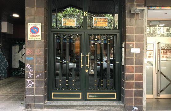 Local en venta en Madrid, Madrid, Calle Conde Duque, 417.400 €, 226 m2