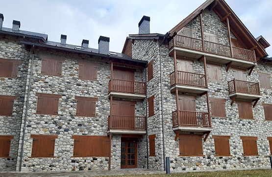 Piso en venta en Benasque, Huesca, Carretera Anciles, 172.100 €, 2 habitaciones, 1 baño, 109 m2