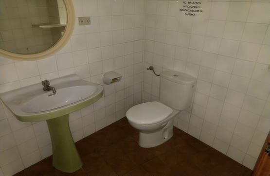 Casa en venta en Casa en Castellón de la Plana/castelló de la Plana, Castellón, 364.000 €, 1 baño, 305 m2