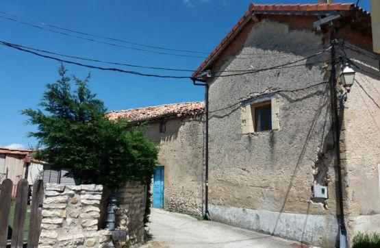 Casa en venta en Medina de Pomar, Burgos, Calle Escuelas, 76.000 €, 1 habitación, 1 baño, 237 m2