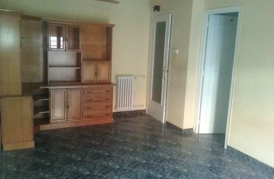 Piso en venta en La Mariola, Lleida, Lleida, Calle Musico Vivaldi, 59.800 €, 4 habitaciones, 1 baño, 105 m2