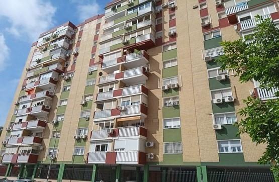 Piso en venta en Distrito Cerro-amate, Sevilla, Sevilla, Plaza Angel Ripoll Pastor, 101.200 €, 3 habitaciones, 1 baño, 80 m2