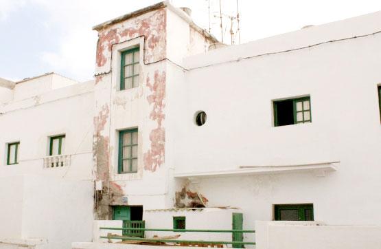 Piso en venta en Valterra, Arrecife, Las Palmas, Calle Fernandez Bethencourt, 101.800 €, 2 habitaciones, 1 baño, 125 m2