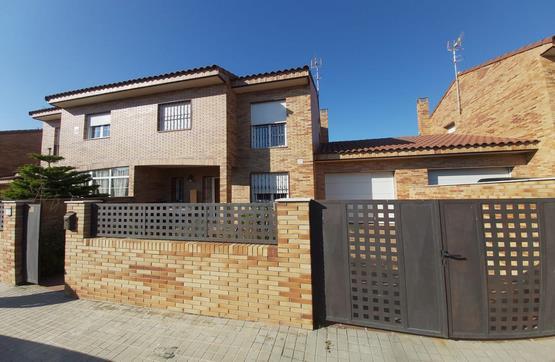 Piso en venta en Urbanización la Regalada, Cedillo del Condado, Toledo, Calle Villarrubia Rodrigo, 154.100 €, 3 habitaciones, 3 baños, 165 m2