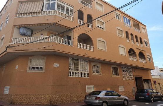 Piso en venta en Baños de Europa, Torrevieja, Alicante, Calle Huerto, 79.800 €, 3 habitaciones, 1 baño, 99 m2