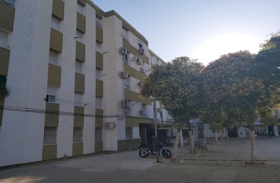 Piso en venta en Jerez de la Frontera, Cádiz, Plaza Algodonales, 58.800 €, 4 habitaciones, 1 baño, 80 m2