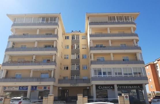 Piso en venta en Cáceres, Cáceres, Calle Miguel Serrano, 178.910 €, 4 habitaciones, 2 baños, 155 m2