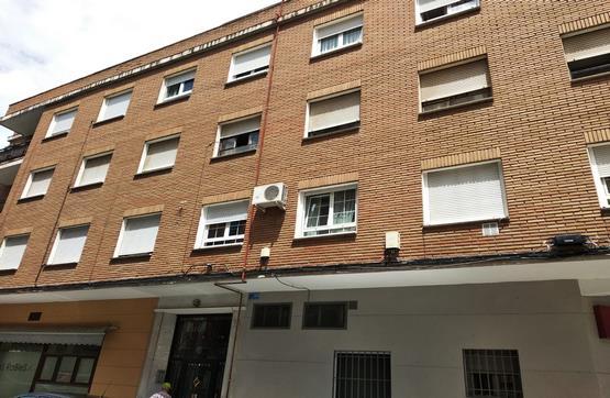 Piso en venta en Talavera de la Reina, Toledo, Calle San Juan Bautista la Salle, 33.400 €, 3 habitaciones, 2 baños, 88 m2
