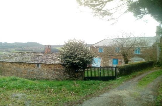 Piso en venta en A Pastoriza, Lugo, Calle Centro Lousas de Abajo, 72.000 €, 4 habitaciones, 1 baño, 136 m2