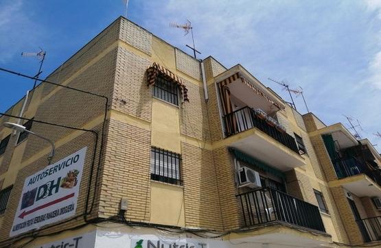 Piso en venta en Sevilla, Sevilla, Calle Torrequebradilla, 55.000 €, 3 habitaciones, 1 baño, 65 m2