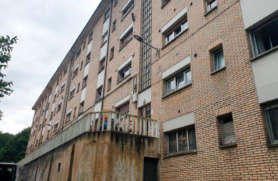 Piso en venta en Oviedo, Asturias, Calle Soto de Abajo, 32.000 €, 3 habitaciones, 1 baño, 84 m2