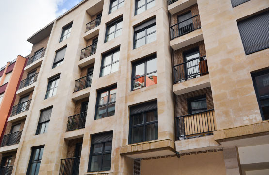 Piso en venta en Oviedo, Asturias, Calle Teodoro Cuesta, 104.000 €, 2 habitaciones, 2 baños, 67 m2