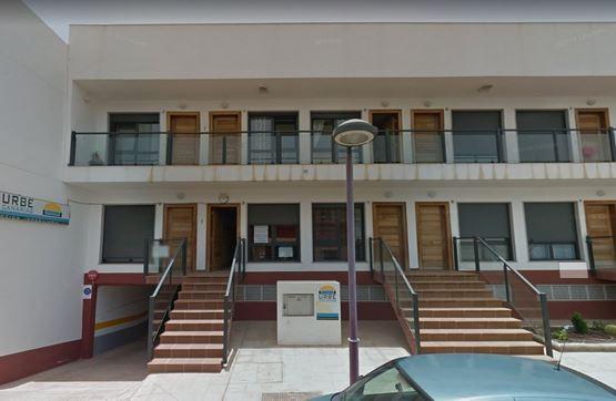 Piso en venta en Puerto del Rosario, Las Palmas, Calle Viriato, 86.900 €, 2 habitaciones, 1 baño, 67 m2