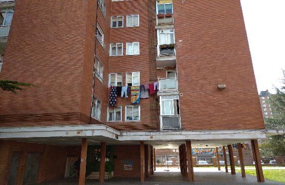 Piso en venta en Palencia, Palencia, Calle Palencia, 62.500 €, 3 habitaciones, 1 baño, 95 m2