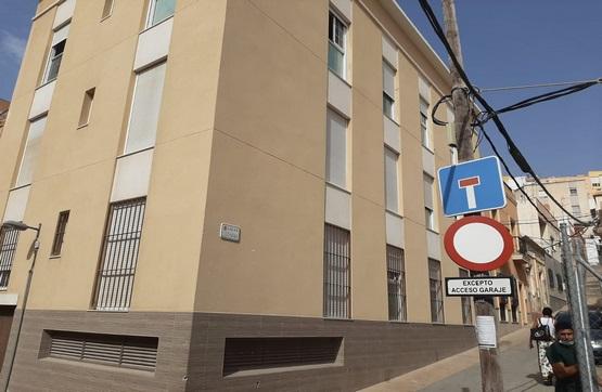 Piso en venta en Almedina, Almería, Almería, Calle Luchana, 96.100 €, 2 habitaciones, 2 baños, 77 m2