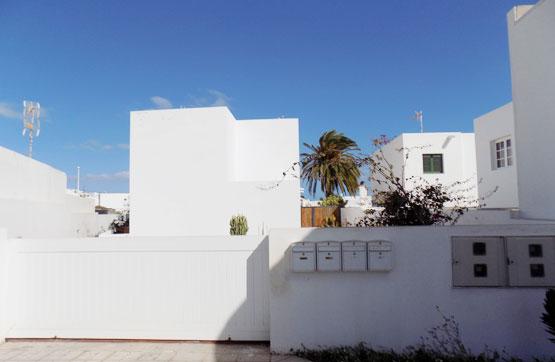 Piso en venta en Vega de Tegoyo, Tías, Las Palmas, Calle Hoyo del Agua, 119.600 €, 2 habitaciones, 2 baños, 73 m2