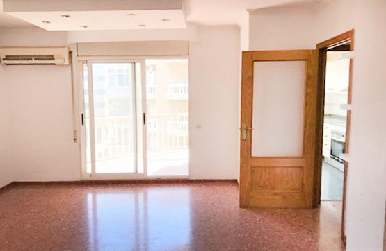 Piso en venta en Amposta, Tarragona, Calle Valletas, 52.900 €, 4 habitaciones, 2 baños, 110 m2