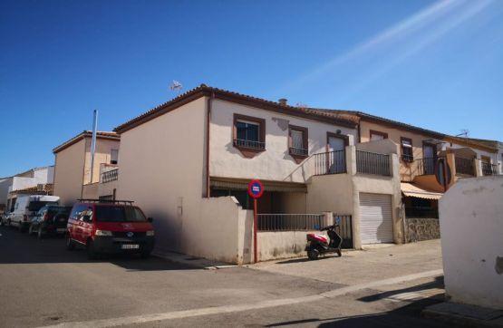 Casa en venta en Barrio Poetas de la Hispanidad, Baeza, Jaén, Calle Sierra de Cazorla, 138.000 €, 4 habitaciones, 2 baños, 103 m2