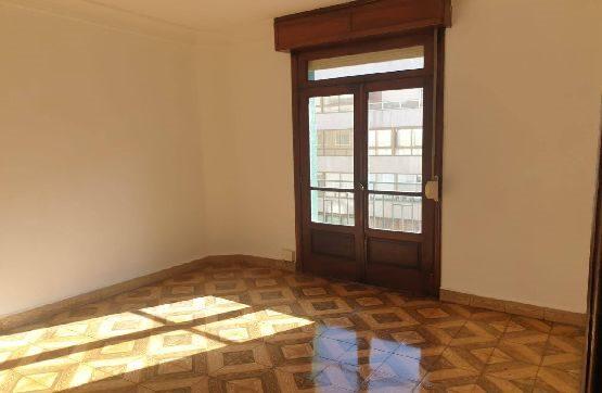 Piso en venta en Pontevedra, Pontevedra, Avenida de la Camelias, 159.800 €, 5 habitaciones, 2 baños, 87 m2