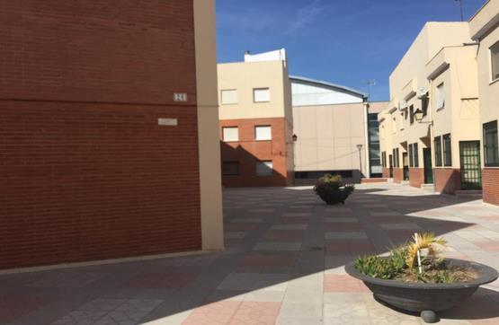 Piso en venta en Baena, Córdoba, Calle Sargento Domingo Argudo, 87.550 €, 4 habitaciones, 2 baños, 144 m2