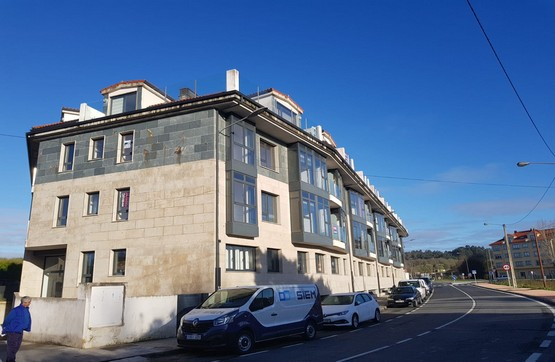 Piso en venta en Ares, A Coruña, Calle Mugardos, 63.000 €, 2 habitaciones, 2 baños, 68 m2