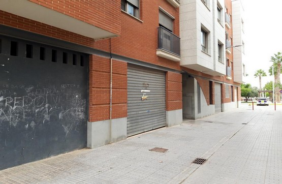 Local en venta en Bonrepòs I Mirambell, Valencia, Calle Corts Valencianes, 108.100 €, 133 m2