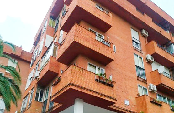 Piso en venta en Plasencia, Cáceres, Calle Caparra, 106.000 €, 4 habitaciones, 2 baños, 116 m2