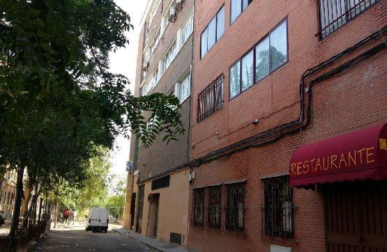 Local en venta en Madrid, Madrid, Calle San Dalmacio, 266.200 €, 321 m2