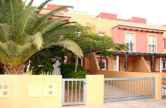 Casa en venta en Geafond, la Oliva, Las Palmas, Urbanización Mirador de la Dunas, 155.000 €, 2 baños, 129 m2