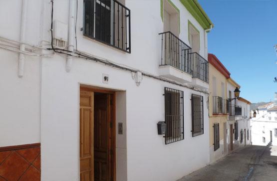Piso en venta en Los Prados, Priego de Córdoba, Córdoba, Calle Primero de Mayo, 88.600 €, 3 habitaciones, 2 baños, 98 m2