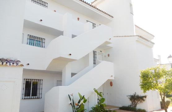 Piso en venta en Nueva Andalucía, Marbella, Málaga, Urbanización Andalucia la Nueva, 316.200 €, 4 habitaciones, 1 baño, 150 m2