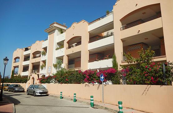 Piso en venta en Sabinillas, Manilva, Málaga, Calle Esmeralda Con Amatista Brillante Y Jade, 159.000 €, 2 baños, 101 m2