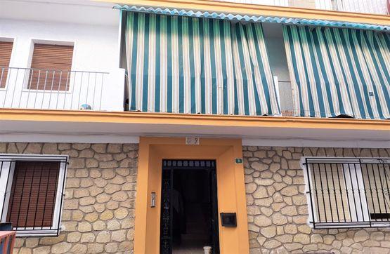 Piso en venta en Las Vegas, Lucena, Córdoba, Calle Via Nuestra Señora de Araceli, 33.000 €, 3 habitaciones, 1 baño, 54 m2