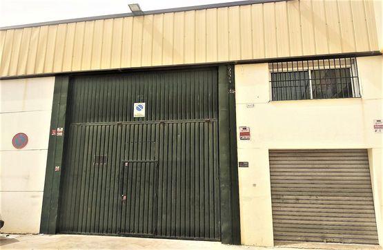 Industrial en venta en Barrio de la Puerta del Sol, Úbeda, Jaén, Calle Sabiote Nave, 115.000 €, 495 m2