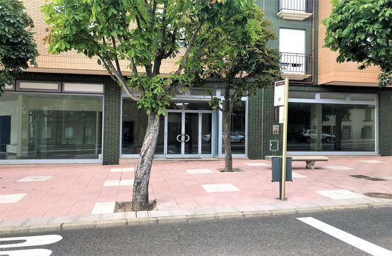 Local en venta en Trobajo del Cerecedo, León, León, Avenida Madrid, 450.000 €