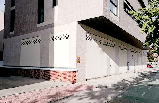 Local en venta en Los Olivos, Huesca, Huesca, Calle Jose Castan Tobeñas, 101.400 €, 141 m2