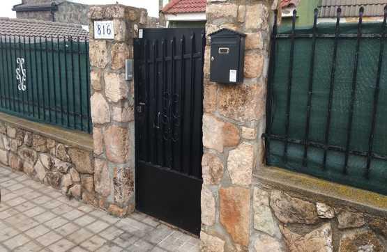 Casa en venta en Urbanización la Beltraneja, Trijueque, Guadalajara, Camino Camiño Olivo, 215.000 €, 6 habitaciones, 3 baños, 323 m2
