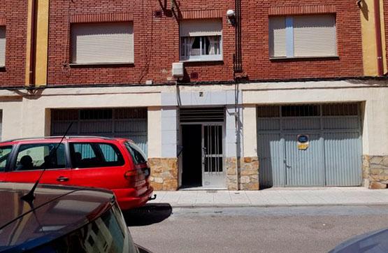 Piso en venta en La Bañeza, León, Camino Camiño Manuel Fernandez Nuñez, 35.000 €, 3 habitaciones, 1 baño, 73 m2