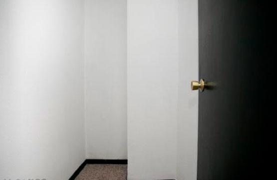 Piso en venta en Instituts - Templers, Lleida, Lleida, Calle Paseo de Ronda, 81.000 €, 3 habitaciones, 1 baño, 96 m2