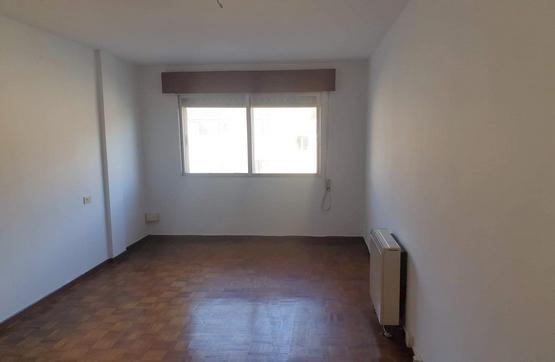 Piso en venta en Poio, Pontevedra, Calle Valiñas, 101.000 €, 3 habitaciones, 2 baños, 117 m2