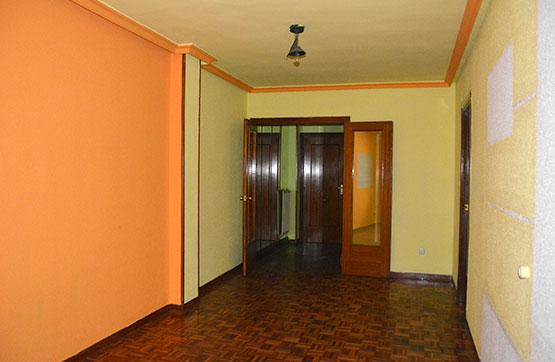 Piso en venta en Sama, Langreo, Asturias, Calle Leopoldo Fernandez Nespral, 64.400 €, 3 habitaciones, 2 baños, 121 m2