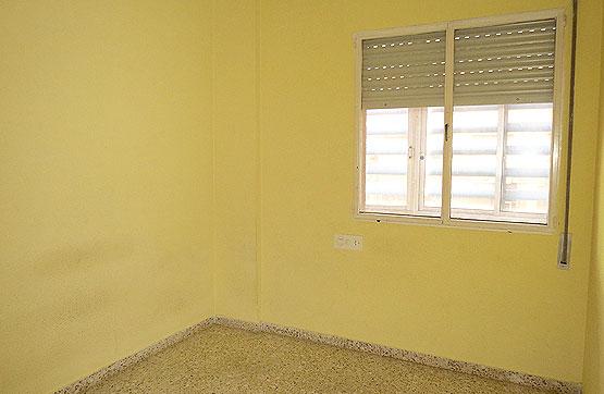 Piso en venta en Benicarló, Castellón, Avenida de Jacinto Benavente,, 69.000 €, 4 habitaciones, 2 baños, 96 m2