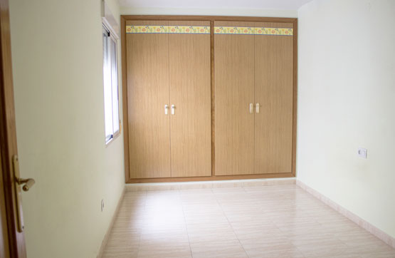 Piso en venta en Tavernes de la Valldigna, Valencia, Avenida de la Valldigna, 89.700 €, 4 habitaciones, 2 baños, 112 m2
